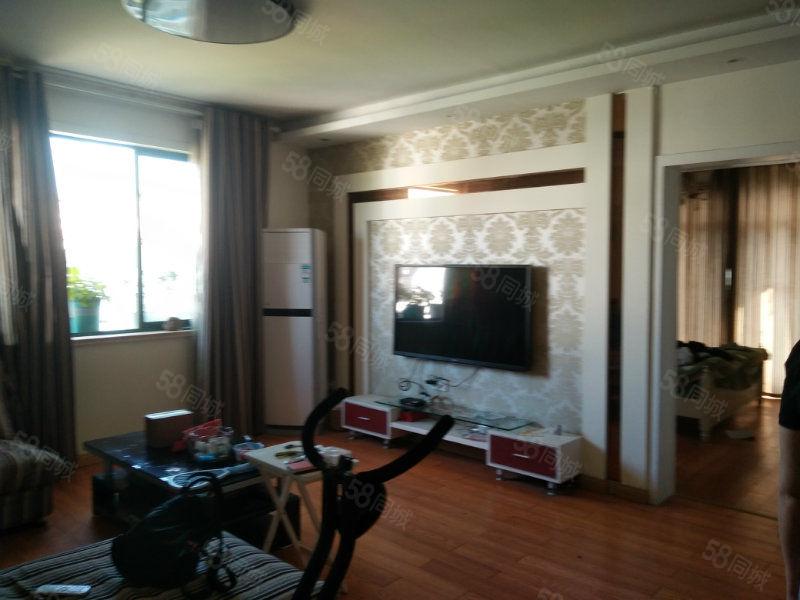 黟县阳光花园+简欧风格+家具家电齐全+有车库一起出售