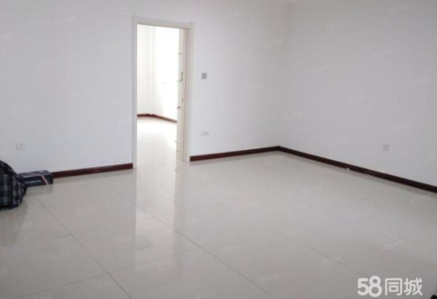 锦水家苑11楼84平南北通透精装地暖看房方便