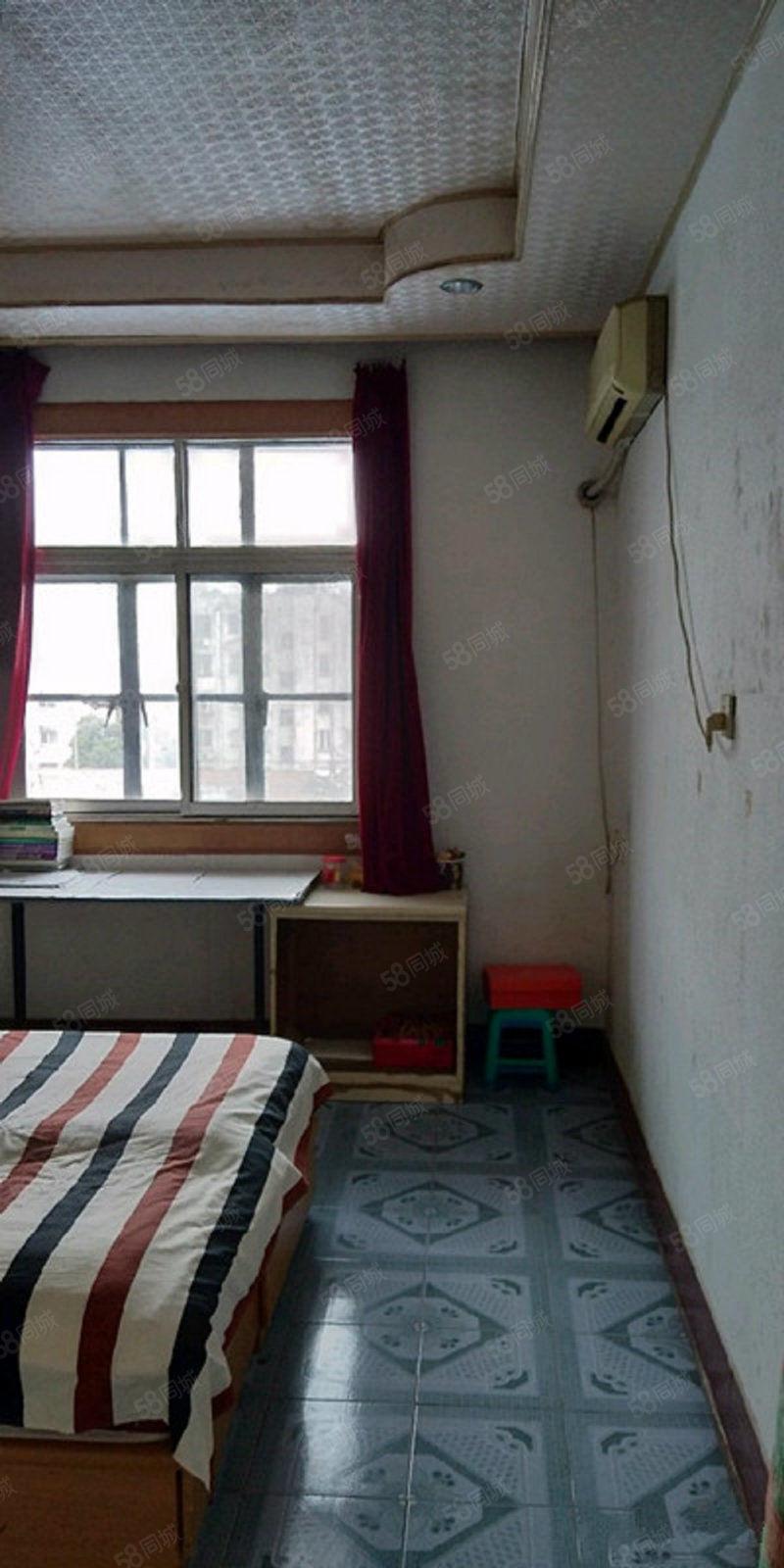 学院路学院宿舍宿舍设施齐全出行方便
