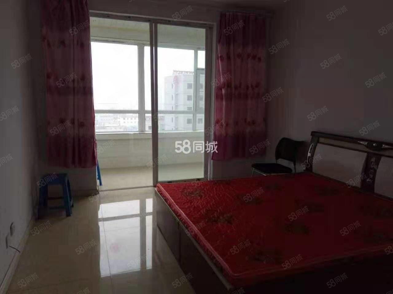 精华小区三室出租六层顶层步梯房家具家电齐全拎包入住