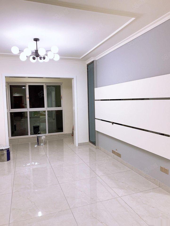 南湖華商燊海森林香溪谷小高層標準2室房東誠意出售