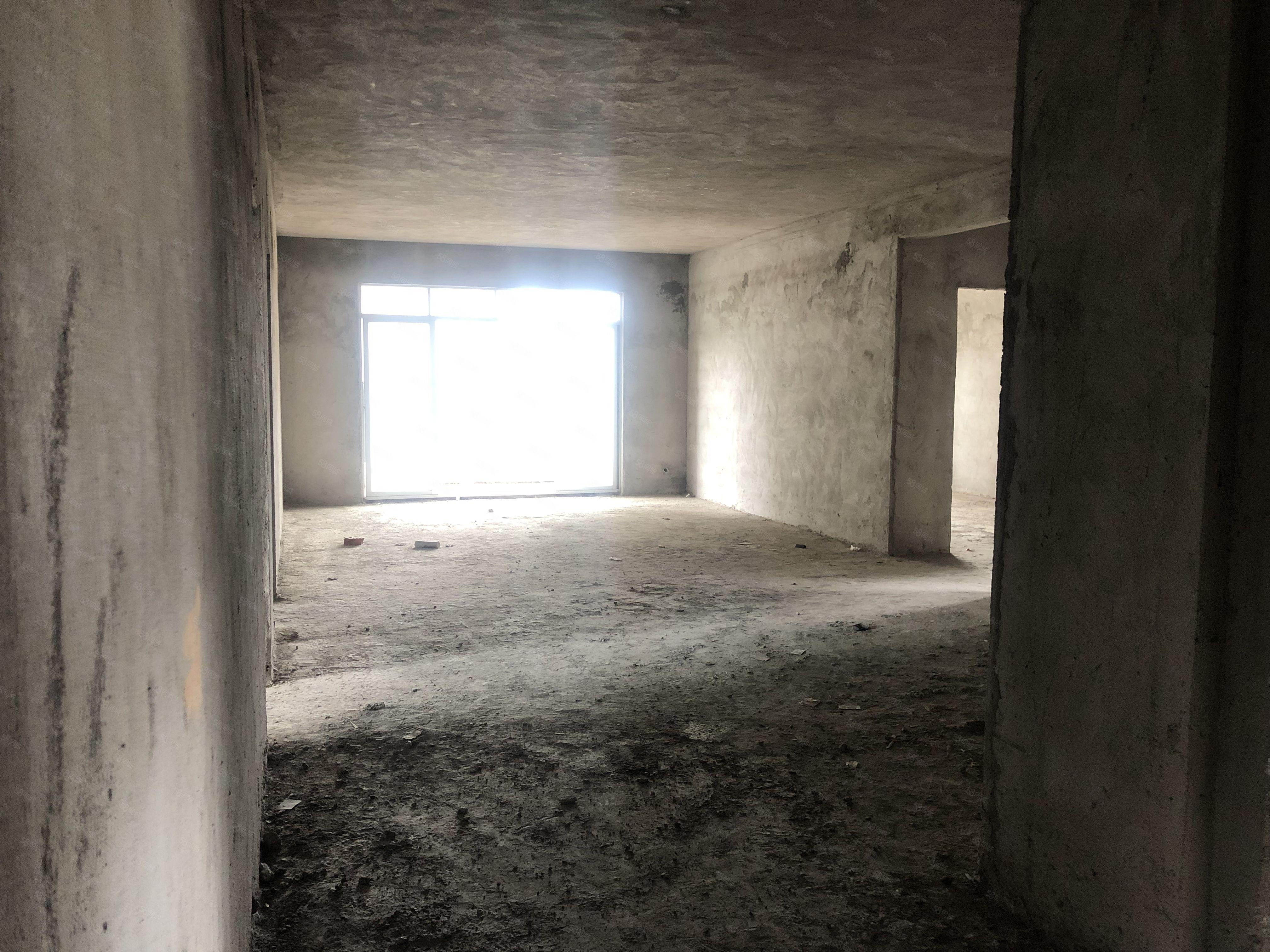 急急急出售汇景雅苑5房2厅175平方随时看房买它买它买它