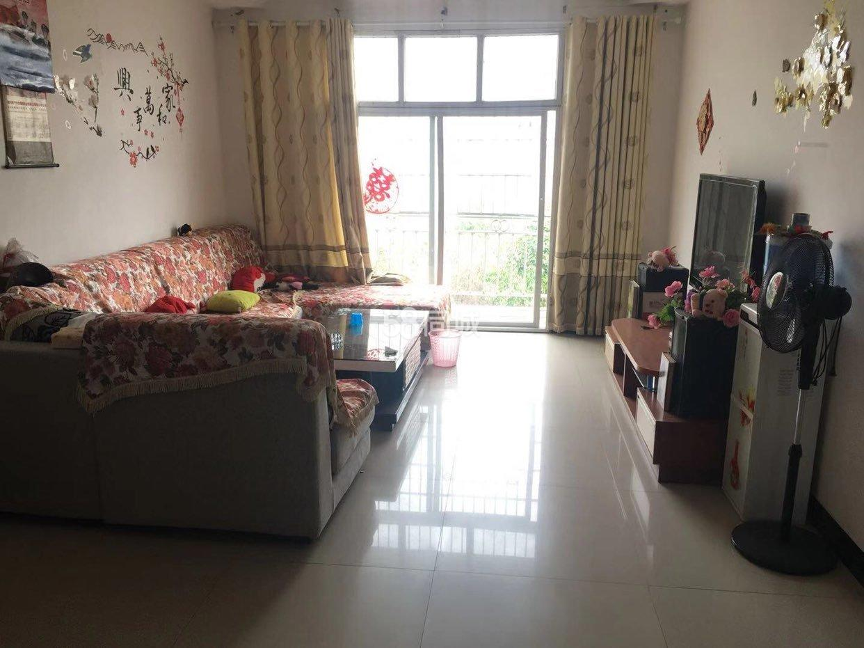 龙泉小区3室2厅1卫
