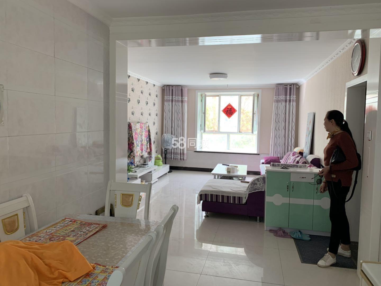新苑新村2室2厅1卫