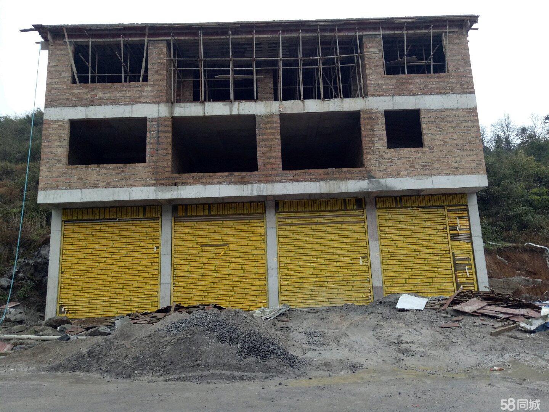 附近?#36824;?#37324;处有两个大型沙厂,门面可以开修理厂