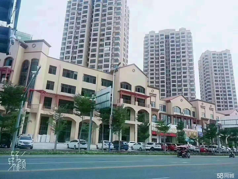 东方市锦绣蓝湾高铁站旁边
