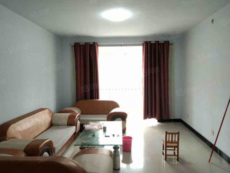 紫荆城多层4楼简单装修可按揭户型漂亮3室2厅1卫
