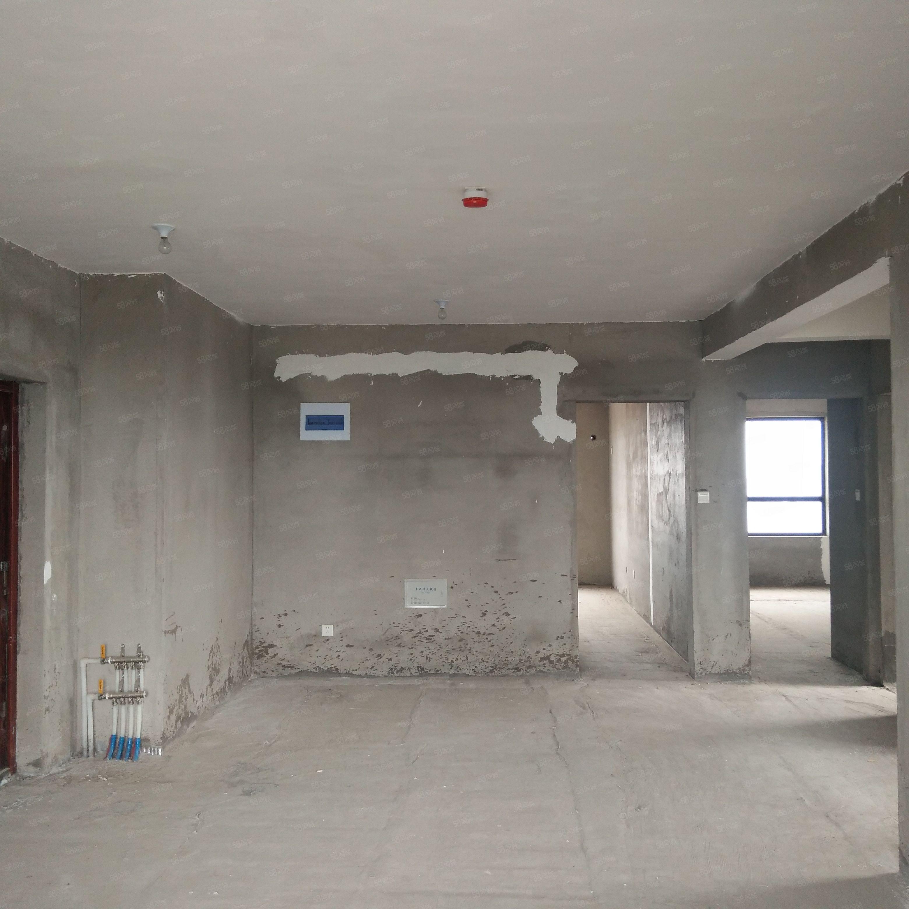 急售河畔花都三室觀景房邊戶帶有儲藏室8平方全款可改名