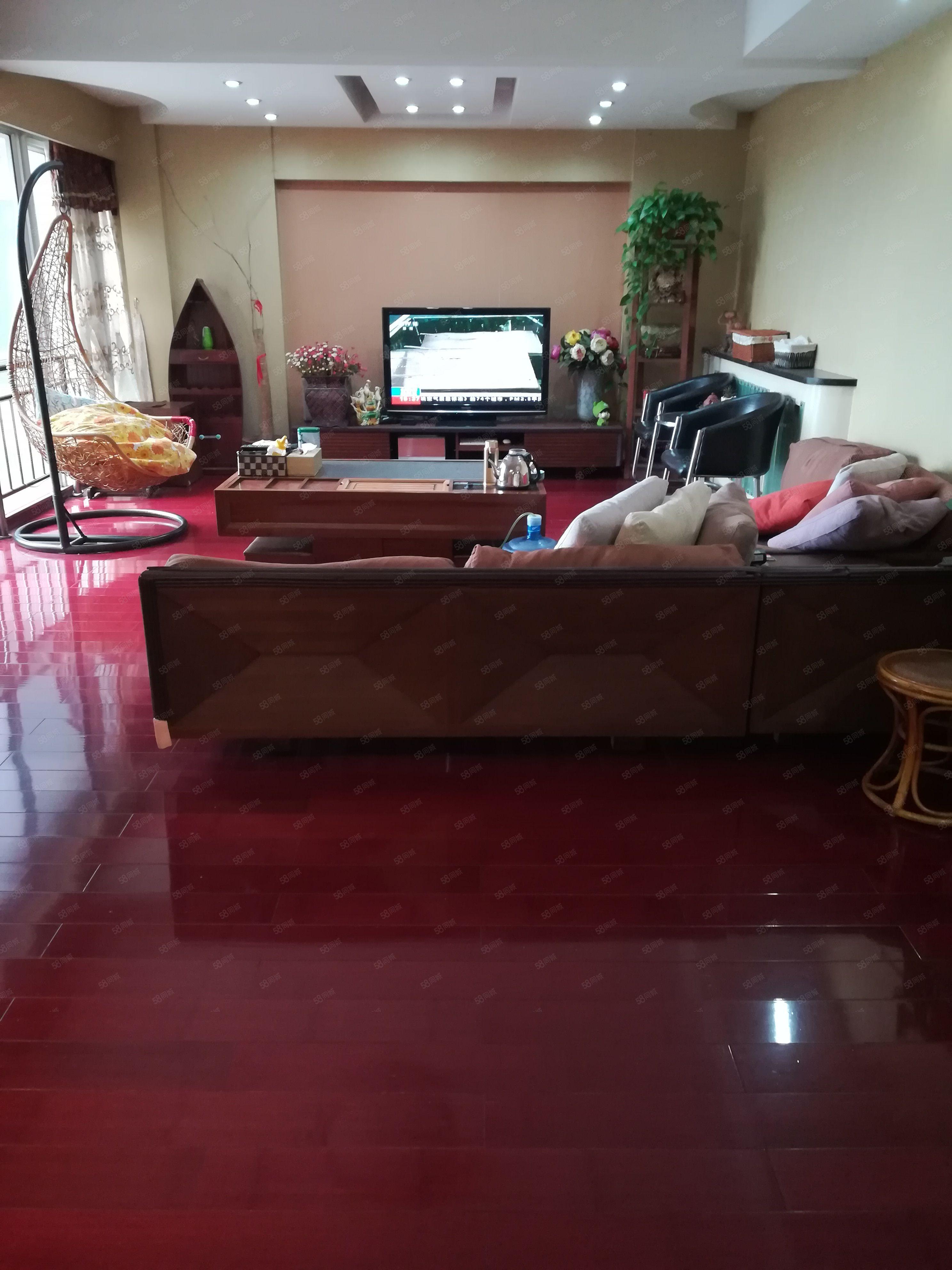 湛漁臺豪園20樓有證暖3室2廳166平豪裝拎包入住
