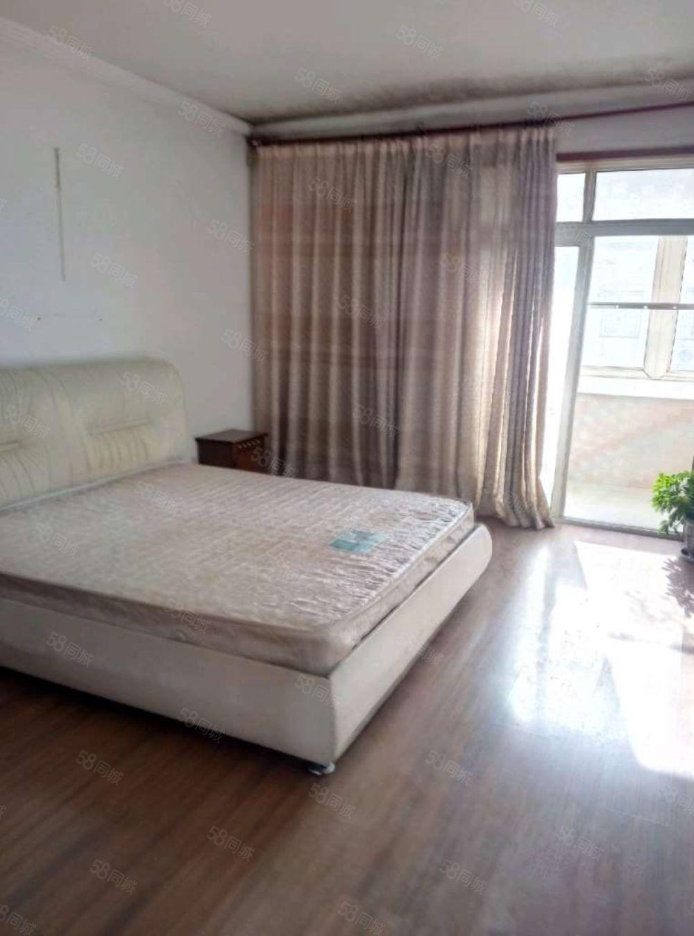 渭阳西路阳光小区2室2厅精装全配看房方便小区购物方便