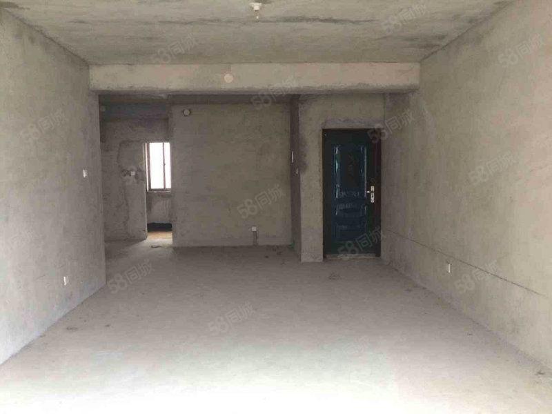 阳光半岛城邦多层4楼有证可按揭3室2厅2卫122平