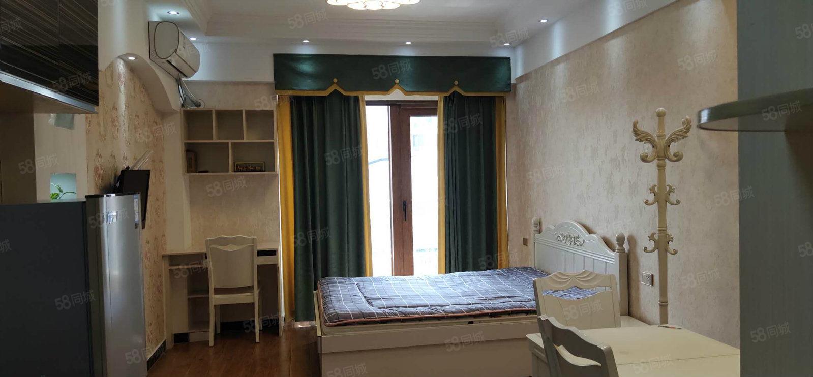 和盛時代廣場精裝一室拎包入住全屋設備齊全干凈整潔歡迎您致電