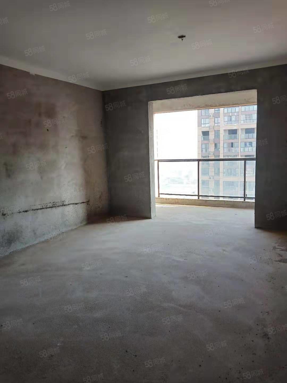萬景城4室2廳樓層好采光佳有贈送面積