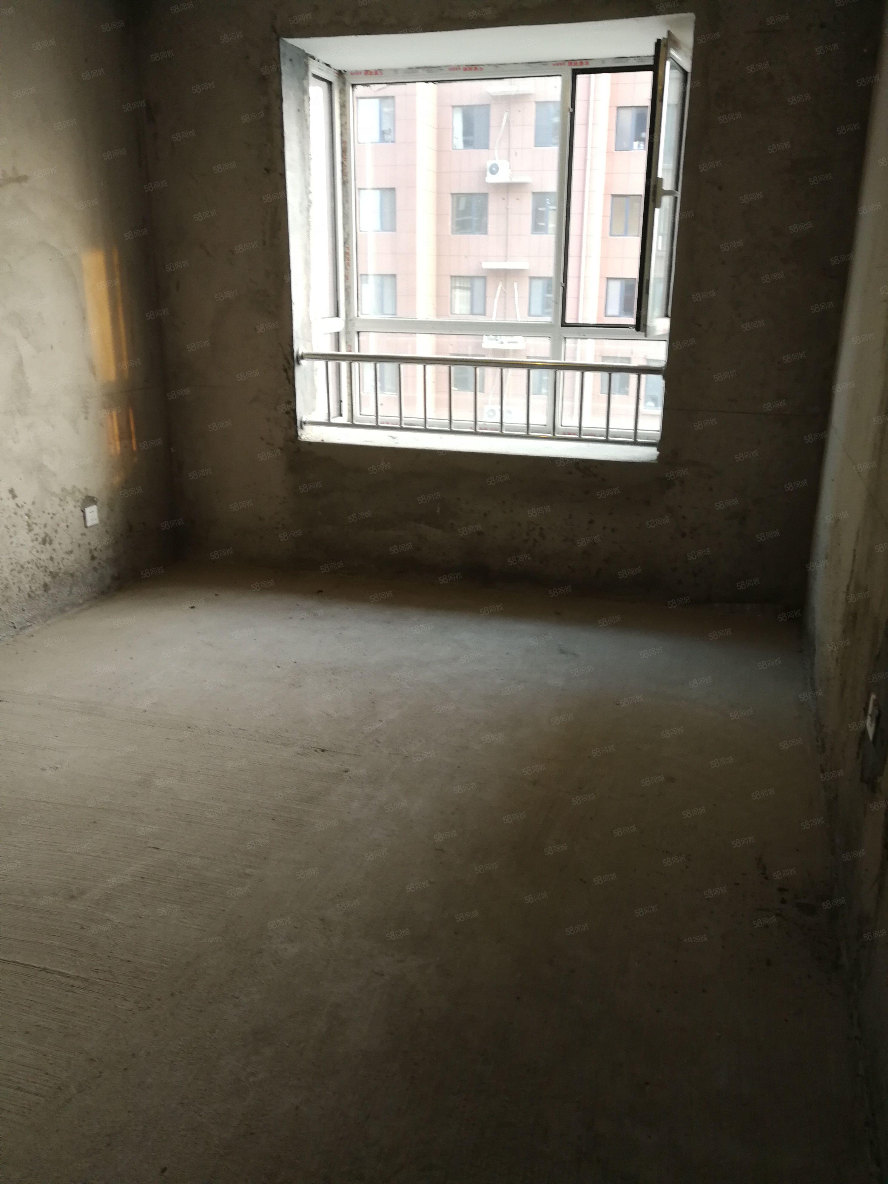现房未来城3室2厅2卫好楼层好户型
