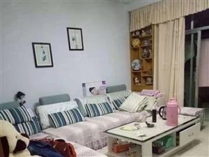 汽配小区,101平米。三室两厅,精装。