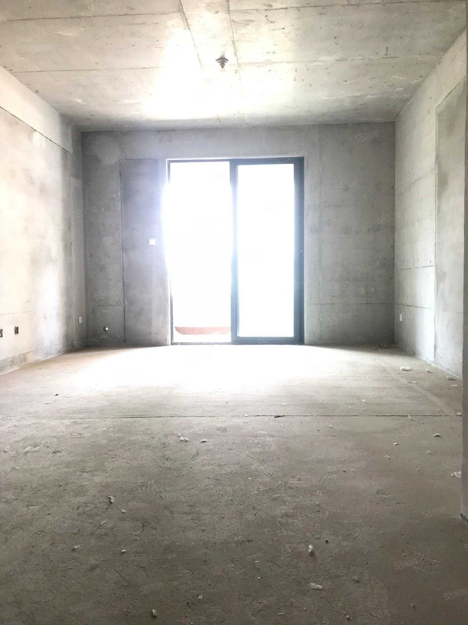 恒大帝景对面金泰滨江花城洋房,毛坯3室,南北通透,全明户型
