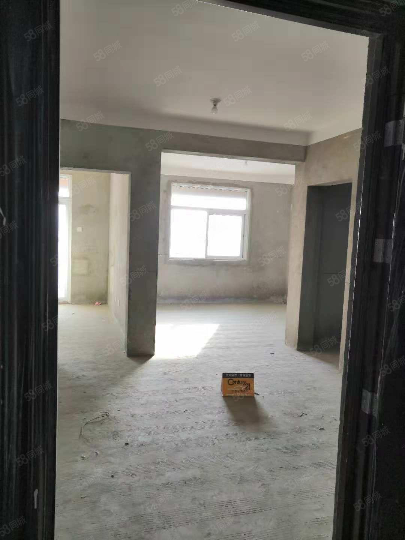 旺角广场电梯房户型方正无遮挡全天采光
