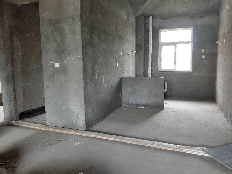 奥兰天和,多层电梯洋房,有证税满可按揭,采光极好,看房有钥匙