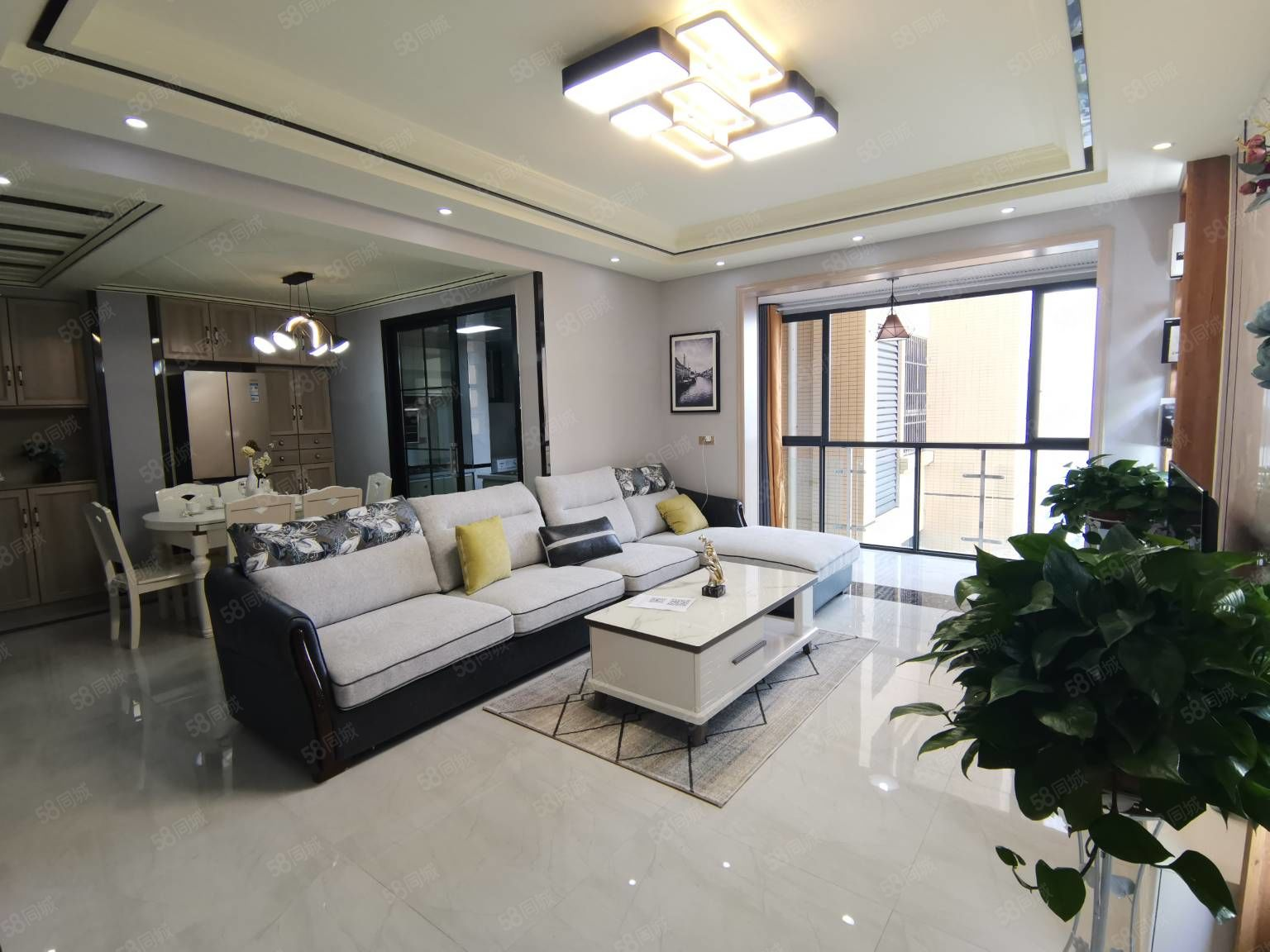 棗山廣發一號品牌材料豪裝3室只要60多萬首付低贈送面積大