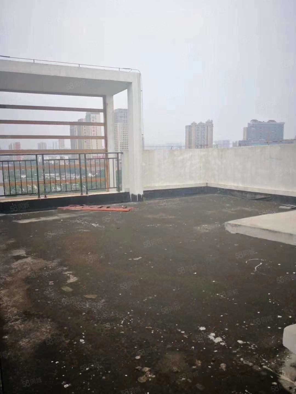 宁春城商圈火车站九中对面星海颐园电梯毛坯复式?#31579;?#22235;房