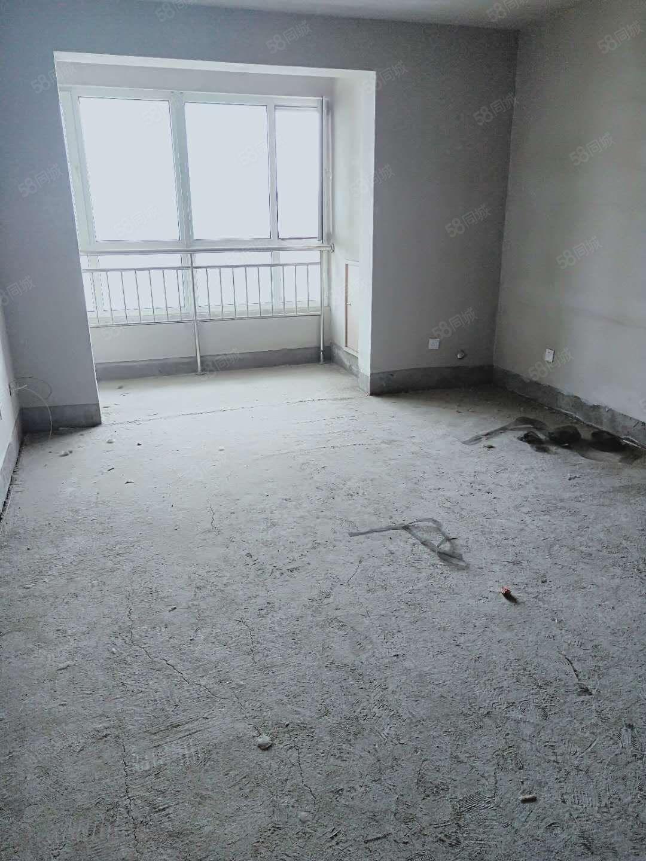 新天地2居室,毛坯房,可随意装修,老本可贷款