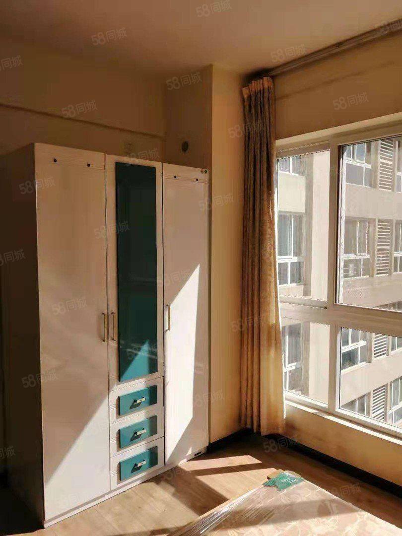 时代广场一期!中医院,沃尔玛旁!精装修带家具便宜澳门金沙平台