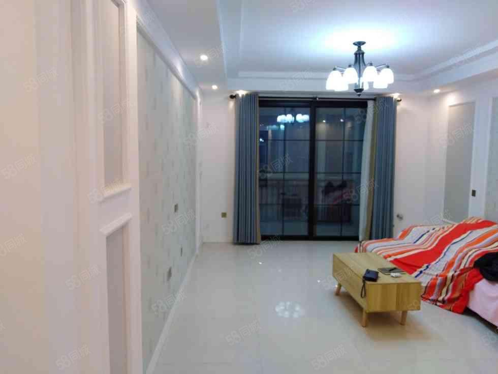 景秀北城多层大三房135平豪华装修未住过人送地下室有证能按揭