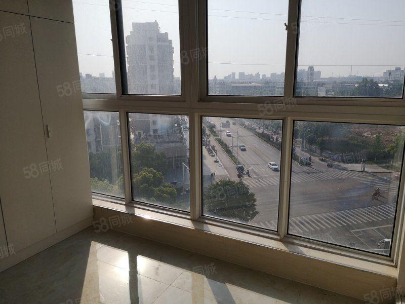 出售东城一品电梯新装修二房视野好,未住过人