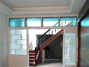气象局附近,单家独院,三室两厅,实际面积130平米,双证齐全