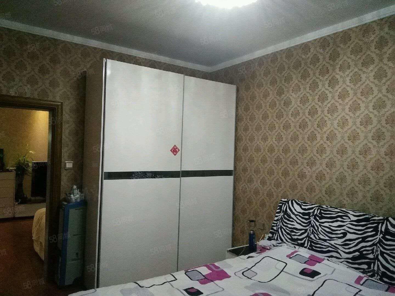 水韵高层15楼,85平,两室一厅,精装修,可贷款