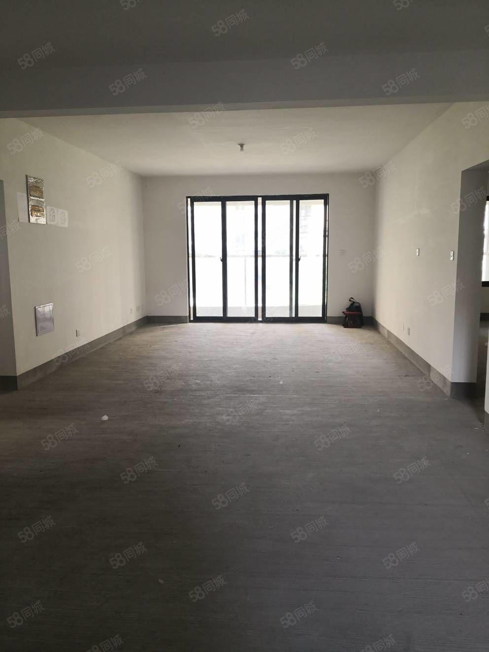 書香園193平米4室2廳3衛,有鑰匙隨時看房,有大車棚東邊套