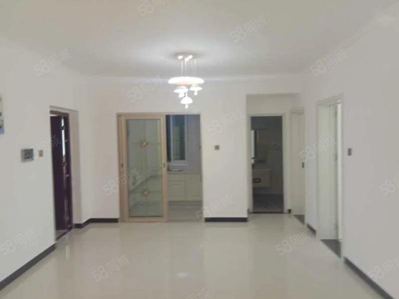 溫州商城步梯4樓一室一廳一廚一衛隨時看房