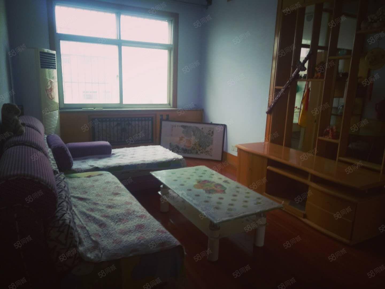 政和街黄8渤7两室一厅实拍图家具家电全5楼半年付