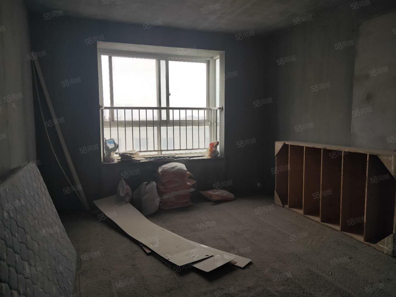 世纪大道(安谷园)安古路地铁口两室两厅两卫毛坯房电梯中层南北