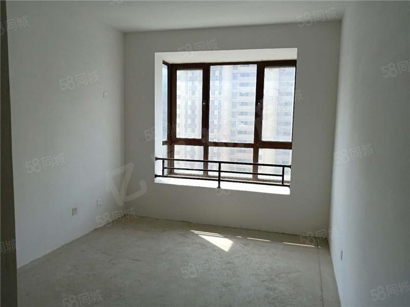 首付低的三室�F房!曼哈�D中�g��涌少J款� �T小�W十五中