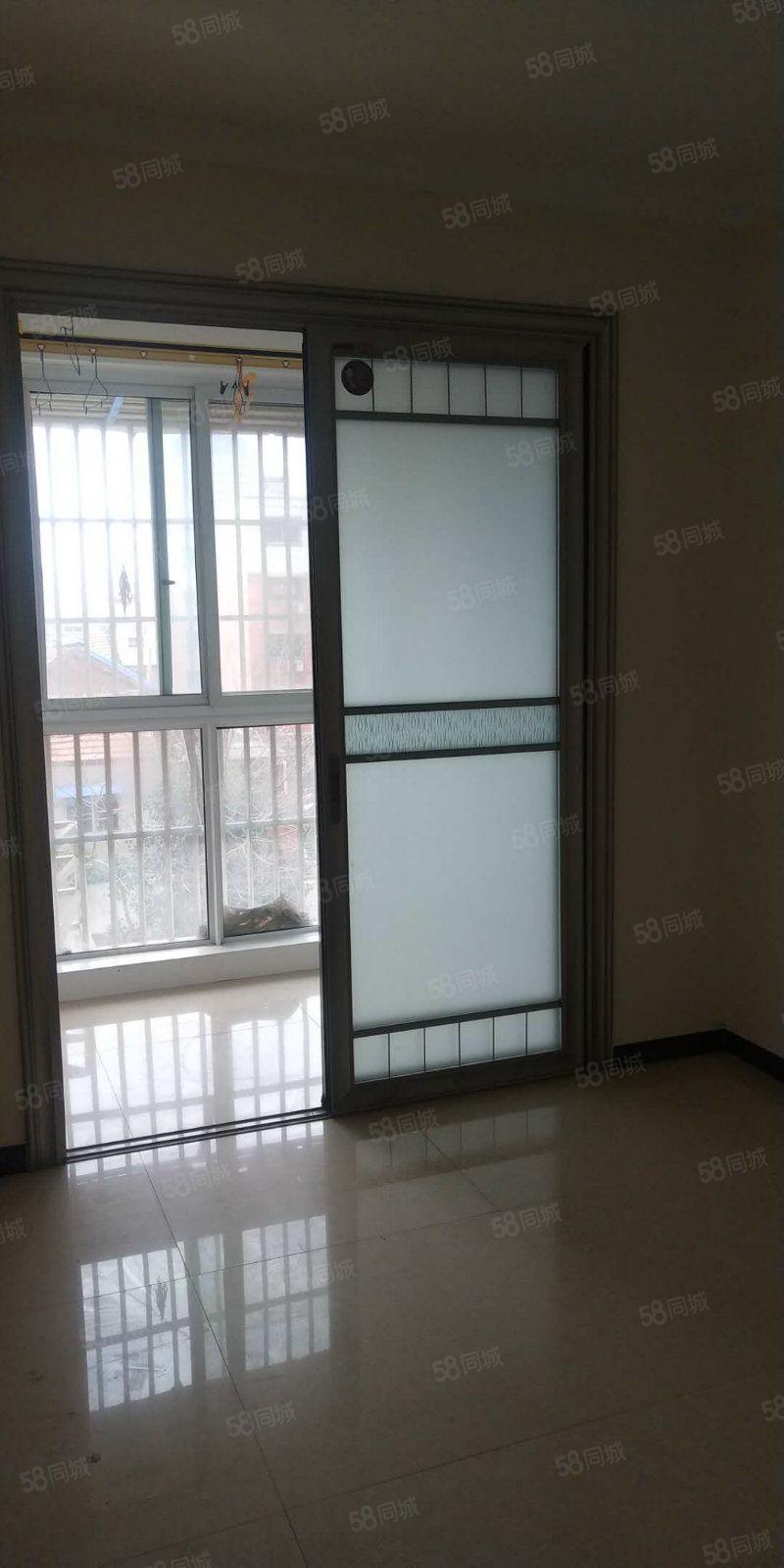 海燕鑫聚电梯房市中心的家居好房
