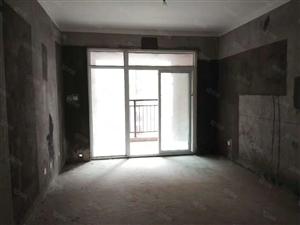 南湖附近南湖春城108平毛坯3室2厅户型漂亮有证可按揭
