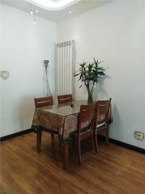 万达熙龙湾,小两房,65万豪华装修急卖!