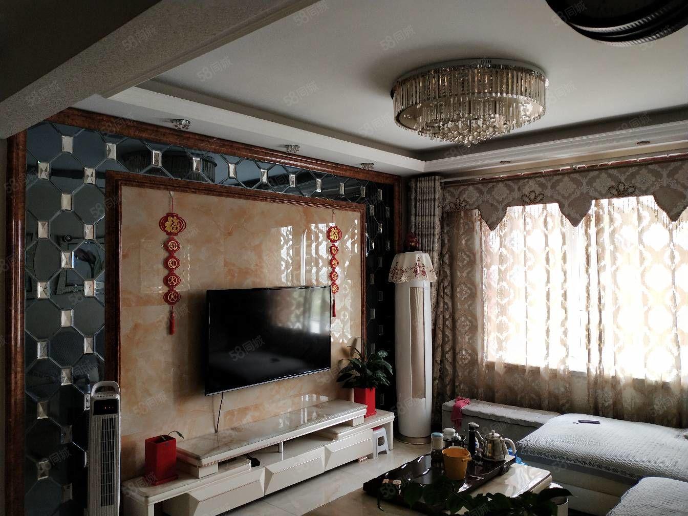 新上房金山御景豪裝三房全南戶型廚衛帶窗品牌家具家電