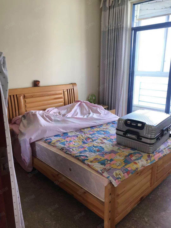 天逸花园学府路简装套三带家具家电读新建小学随时可看房