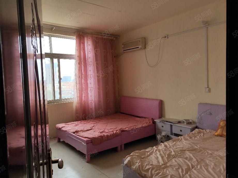 澳门星际网址康桥半岛附近三室套房拎包入住4000一年
