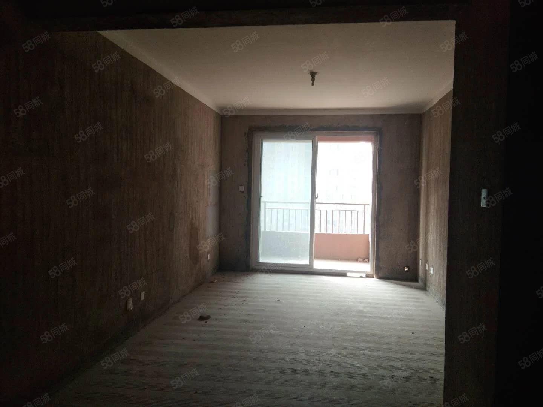 高速时代华府89平小3室毛坯房证满2年可按揭有钥匙随时看房