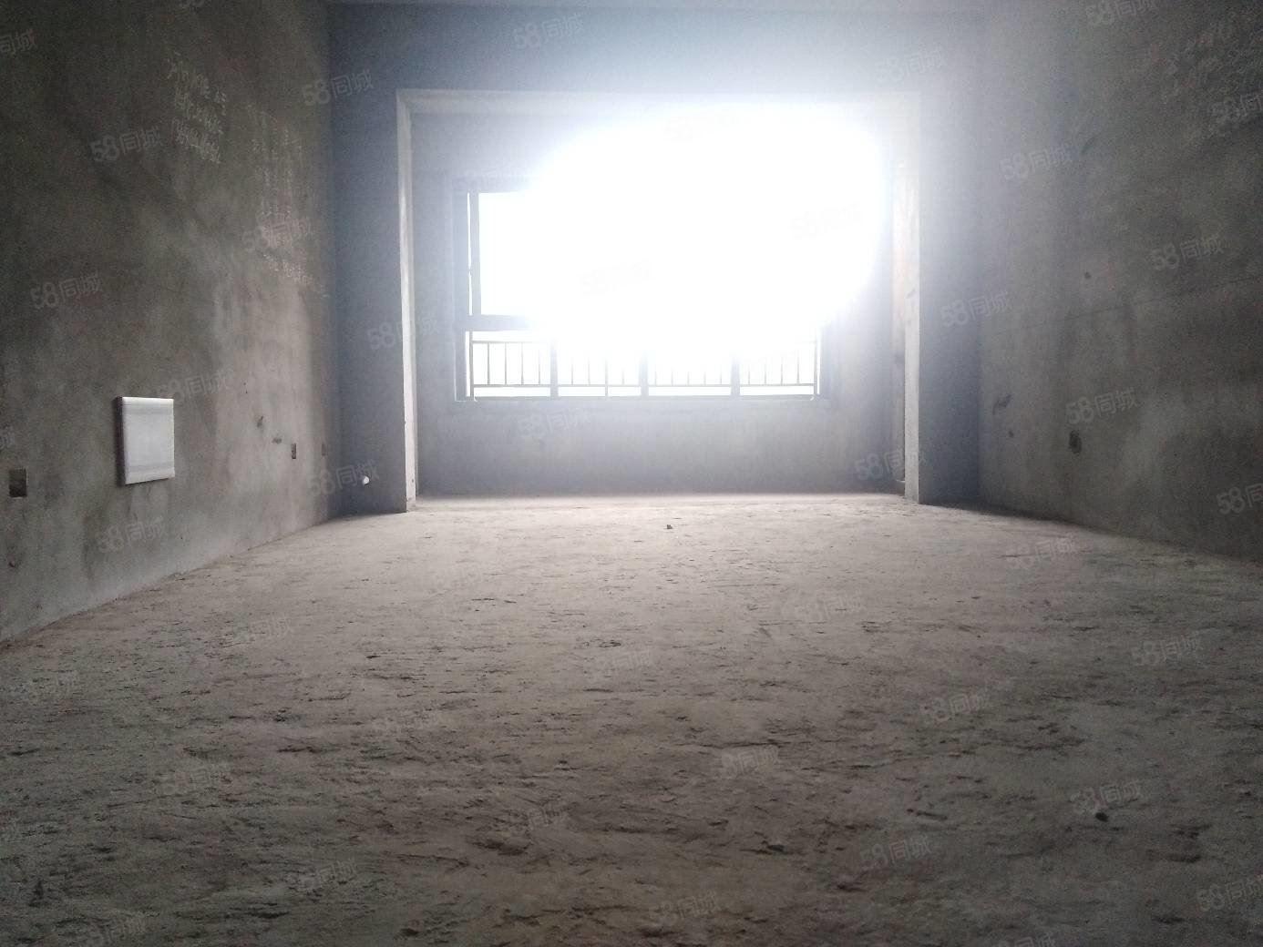 西城郡三期現房,6280每平清水三室,可按揭