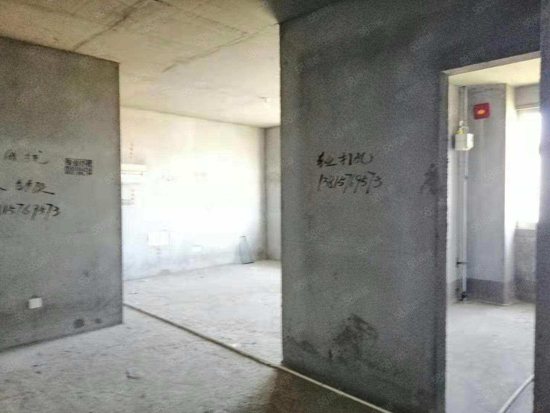 户!河滨一号东边户!电梯26楼!126平!3室2卫