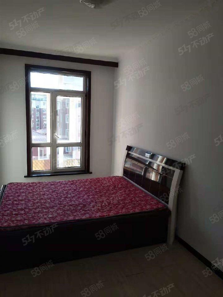 宝鑫小区地热楼两室一厅简单装修可按揭