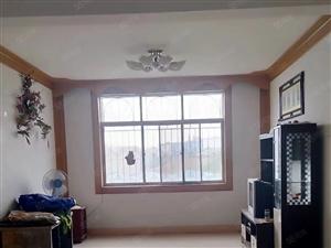 四小旁园丁小区楼梯房二楼、3室+双证齐全、可贷款、随时看房