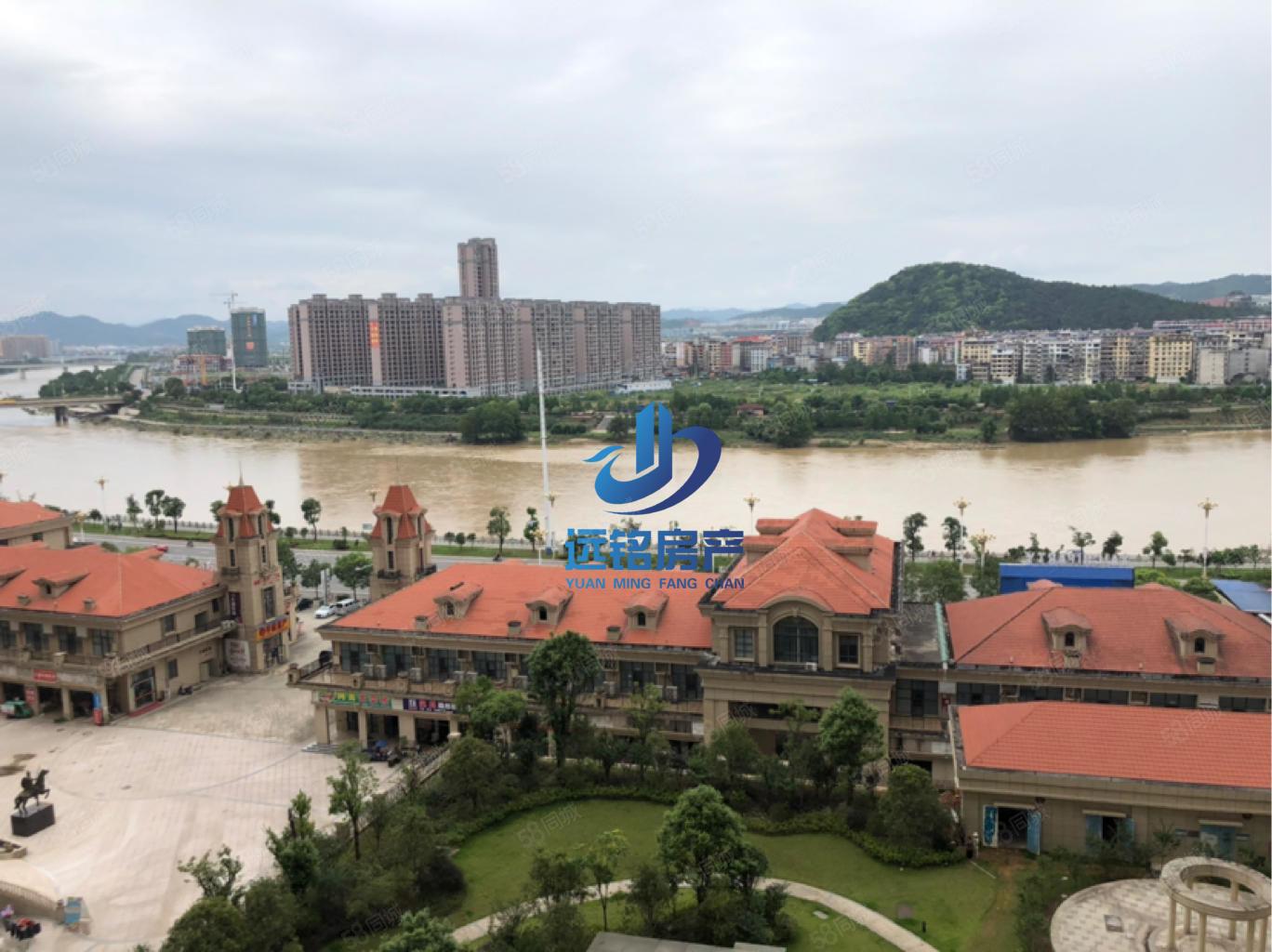凯旋城万达旁全景望江三房满两年仅售7900一平方