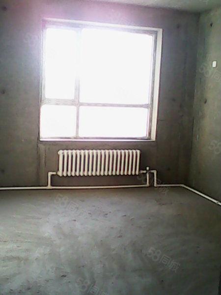 金城丽都包更名50万.能贷款一口价24楼观景