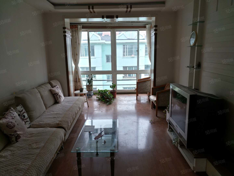 新海家园精装修白银四楼家具家电齐全租金只要1500元