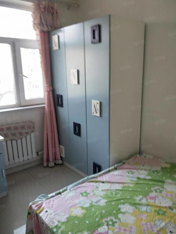 凤凰城4楼一室一厅南北通透拎包入住